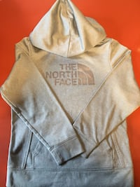 The north face girls hoodie Des Moines, 50316