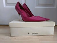 $20 never used pink pumps size 7 Mississauga