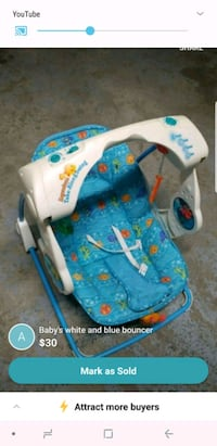baby's white and blue bouncer Mississauga, L5L 3H1
