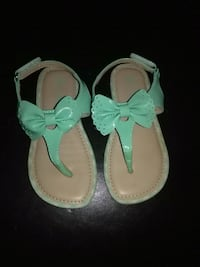 Toddler Girls Blue/Green Sandals with Bow Size 9  Modesto, 95355