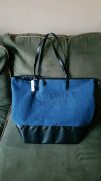 NEW Victoria's Secret tote w/3 bonus smaller bags Pottstown, 19465