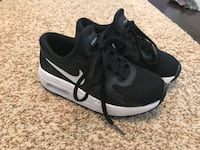Nike Air Max size 12 little boys Dearborn Heights