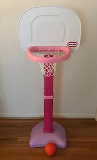 pink and white Little Tikes basketball hoop Arlington, 22204