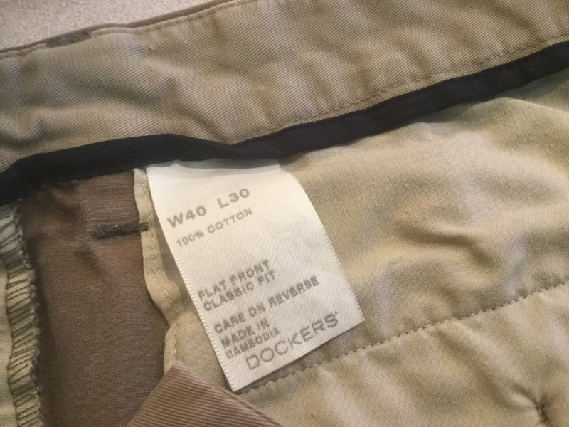 Pants DOCKERS Size W 40 by L 30 797472f3-df02-4eab-a22e-2a2d1fac7424