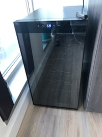 Ivation 18 bottle Thermoelectric Wine Cooler/Chiller w/digital display District of Columbia