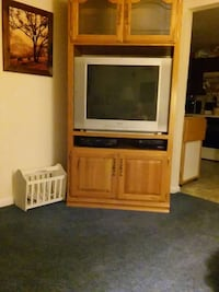 Tv works well.  Must go. Smoke free house. Cable r Taneytown, 21787