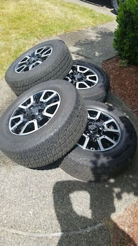 Toyota Tundra Wheels and Tires Kent, 98042