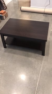 rectangular brown wooden coffee table Des Moines, 50309