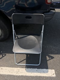 Black and silver fold up chair Alexandria, 22306
