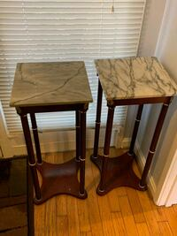 End table  Gaithersburg, 20886