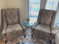 Accent Chairs 250 each   547 km