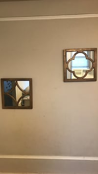 2 decorative mirrors for $5 St. Louis, 63108