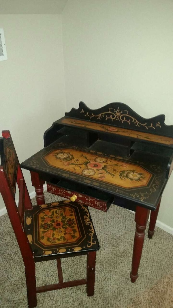 Used Ornate Hand Ptd Solid Wood Antique Desk Chair For Sale In
