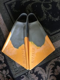 Stealth swim/bodyboard fins Size: medium  Long Beach, 90808
