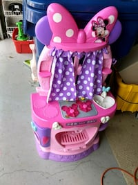 Minnie Mouse kitchen and toys Pasco County, 34638