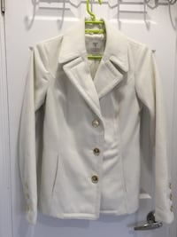 White button-up long sleeve shirt Toronto, M8W 4W3