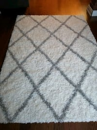 Colona White Area Rug Toronto, M3N 1C3