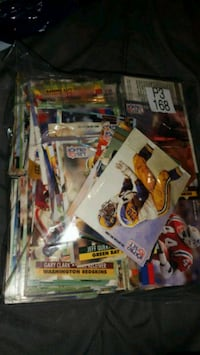 400+ nfl pro set cards for $20 or trades Toronto, M9N 2C7