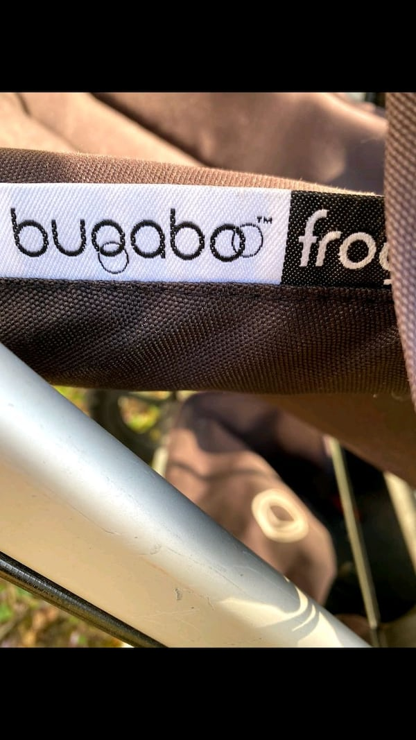 excellent condition Bugaboo Frog jogging and pushing stroller $150 307b1774-989b-47fc-8755-03560a399bfa