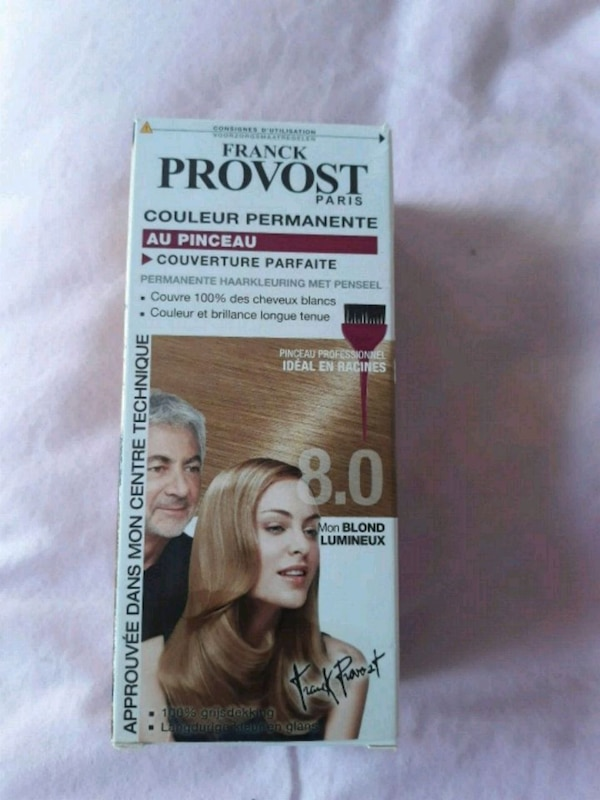 Coloration blond 8.0 neuf