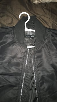 Field and co men's size small jacket 549 km