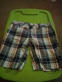 white and brown plaid print shorts Dover, 72837