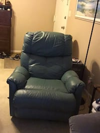 Recliner green leather
