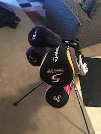 Left Handed Clubs and Bag with bonuses Lakewood, 98499