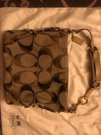 Authentic Coach Purse Like new Make me an Offer Layton, 84041