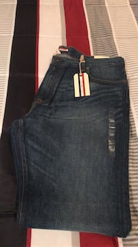 New Tommy Hilfiger Jeans Size 40x38 Jeans