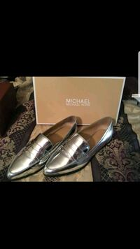 Michael kors silver Connor loafers size 8.5 Manassas, 20109