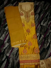 Beautiful unstiched 3 piece indian suit many selection to choose from Brampton, L6R 1P7