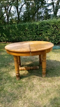 round brown wooden side table Edmonton, T6C 2B8