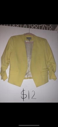 H&M Cropped Blazer Waterloo