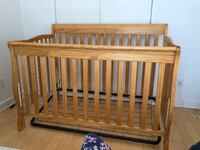 3 in 1 solid wooden crib 775 km