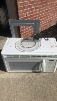 white General Electric microwave oven Westfield, 46074