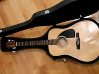 Fender guitar with case Calgary, T2L 1K8
