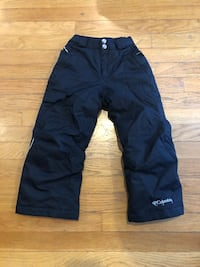 Kids snow pants size xxs or 5t