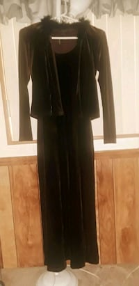 vintage velour gown Palmdale, 93550