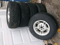 Dodge dakota 2wh  4 like new 15 inch 547 km