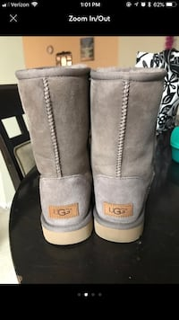 Uggs  Falls Church, 22046