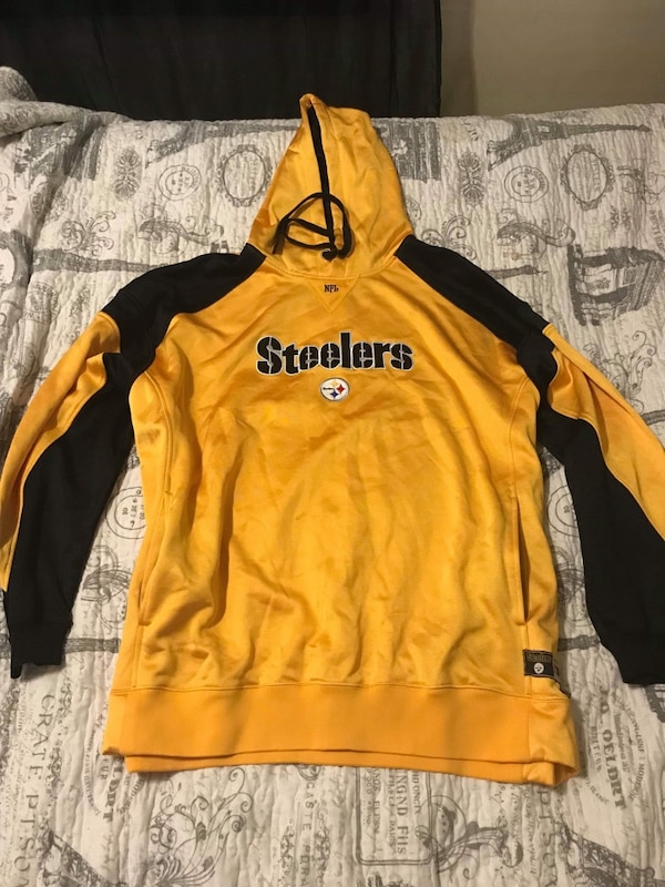 super popular a60b9 6f186 Steelers hoodie, 2xl but fits as XL, never worn