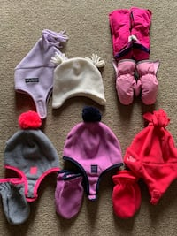 Lot of Toddler Girl's Winter Hats and Mittens 12-24months Elgin, 60124