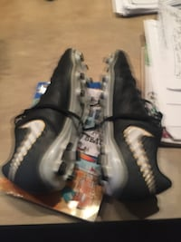 Boys cleat 5.5  Arlington, 22206