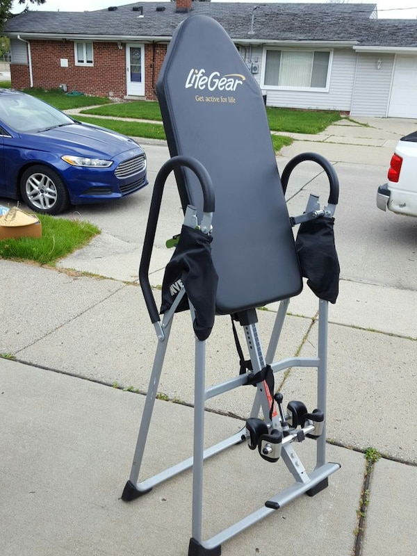Life Gear Gravity Inversion Table