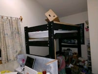 Loft bed you take apart, mattress included Sumas, 98295
