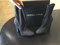 Kendall and Kylie Hailey Boots - Size 6.5! Toronto, M5V 1V2