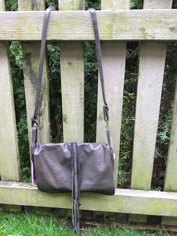 Leather purse.. brand new , never used .. from Vancouver brand , meissi