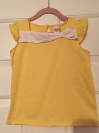 yellow scoop-neck cap-sleeve top Mississauga, L4W 2A7