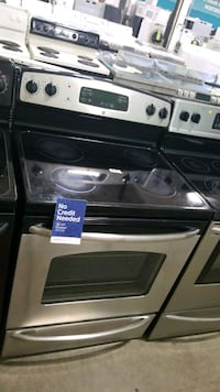 Ge glass top electric Stove 30inches, Manorville, 11949